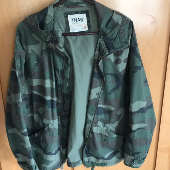 c999a00d4 TNA Army printed jacket
